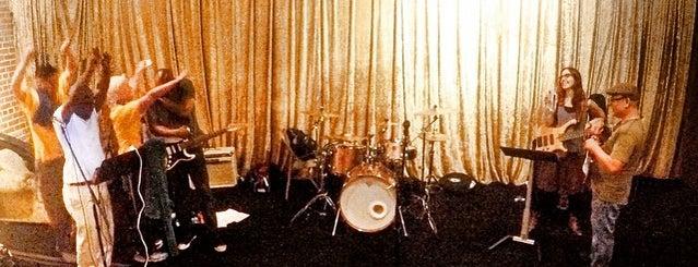 Soundwave Studios is one of Tempat yang Disimpan Kristen.