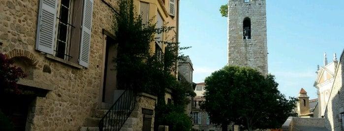 Vieille-ville d'Antibes is one of Lugares favoritos de Cagil.