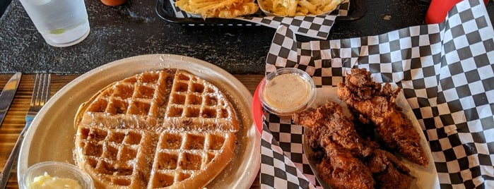 Nate's Wings & Waffles is one of Seattle Places To Go.