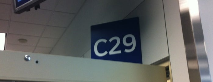 Gate C29 is one of Valさんのお気に入りスポット.