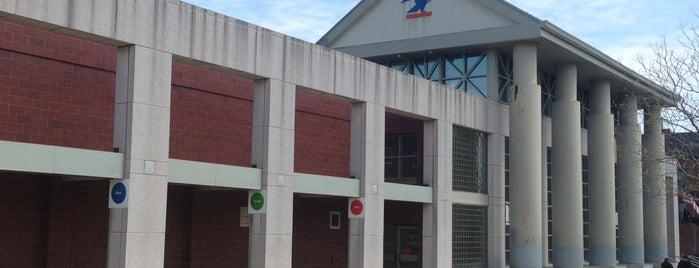 US Post Office is one of สถานที่ที่ Mark ถูกใจ.