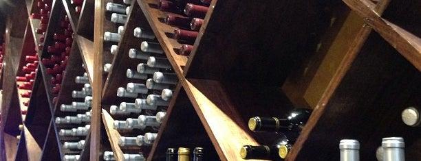 D'Vine Wine of Texas is one of Amber'in Beğendiği Mekanlar.