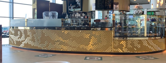 Butlers Chocolate Café is one of Locais curtidos por Waad.