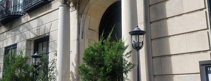 Italian Cultural Institute is one of Lieux sauvegardés par Lisa.