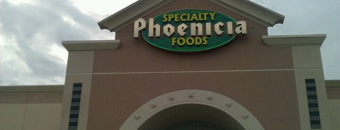 Phoenicia Specialty Foods is one of Orte, die Samah gefallen.