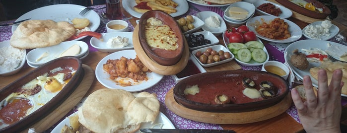 Çamlıkonak Kars Kahvaltısı is one of Cafe-Bar-Restaurant.