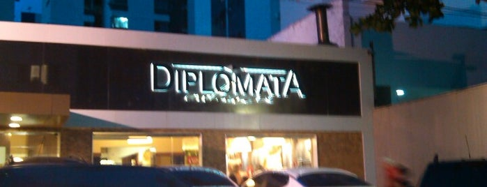 Diplomata Exclusive is one of thiago lopes'in Beğendiği Mekanlar.