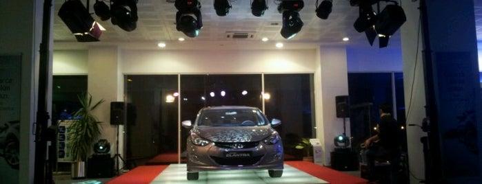 Hyundai Erk Plaza is one of Posti che sono piaciuti a Samet.