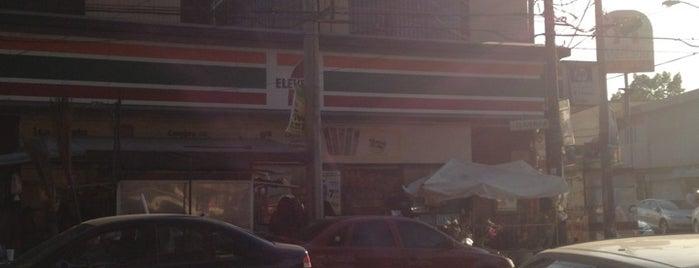 Clavería is one of Tempat yang Disukai Javier.