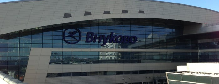 Vnukovo International Airport (VKO) is one of Erkanさんのお気に入りスポット.