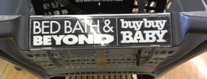 Bed Bath & Beyond is one of Cody 님이 좋아한 장소.