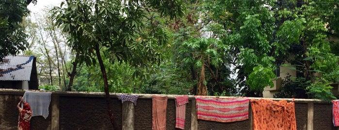Banani is one of Orte, die Asim gefallen.