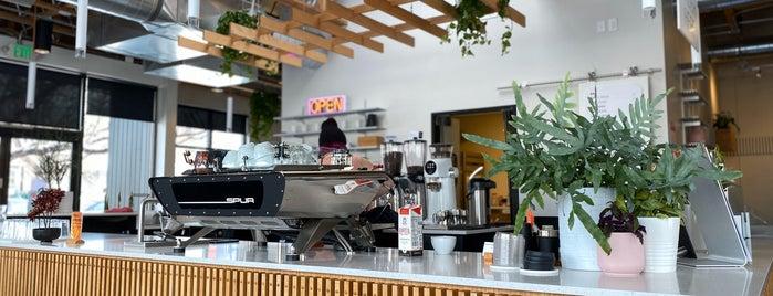 Spur Coffee is one of Tempat yang Disukai Yi.