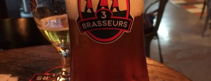 Les 3 Brasseurs is one of Brejas Premium.