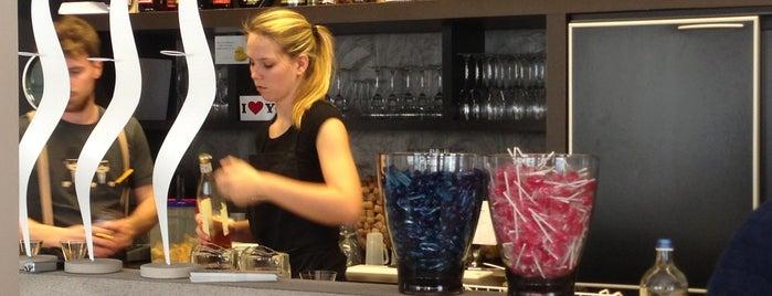 Brasserie Astel is one of Temp.
