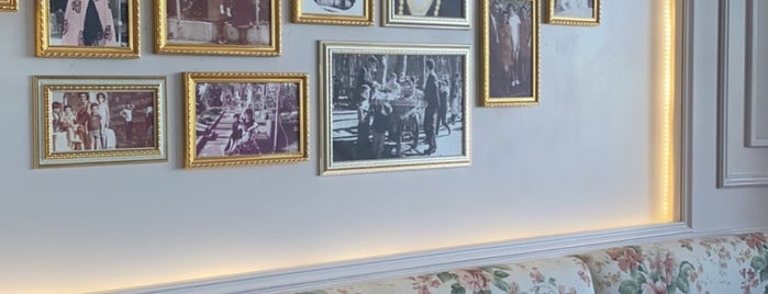 Leila Min Lebanon is one of Queen: сохраненные места.