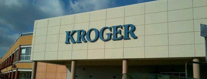Kroger is one of สถานที่ที่ Droo ถูกใจ.