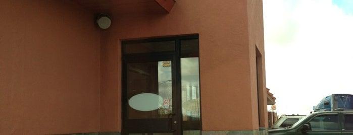 McDonald's is one of Orte, die Alejandro gefallen.