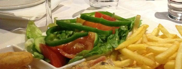 Pizza Plus No.2 is one of Lugares guardados de Catherine.