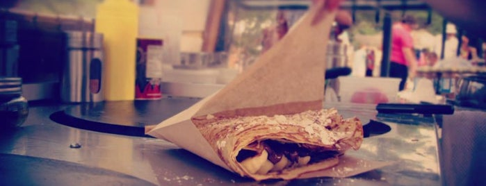 Crespella Gourmet Creperie is one of Lynda 님이 저장한 장소.