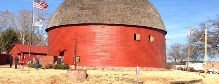 Arcadia Round Barn is one of OKC Faves.