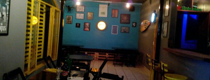 Shiva Bar is one of Tempat yang Disukai Ana Carolina.
