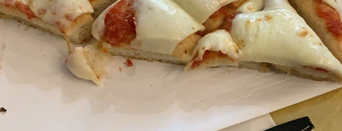 Spontini is one of Favourites.