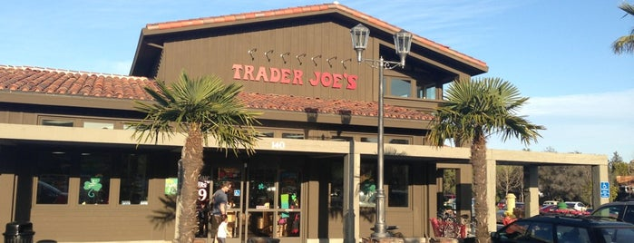 Trader Joe's is one of cali w/ pilar & nina 🌈.