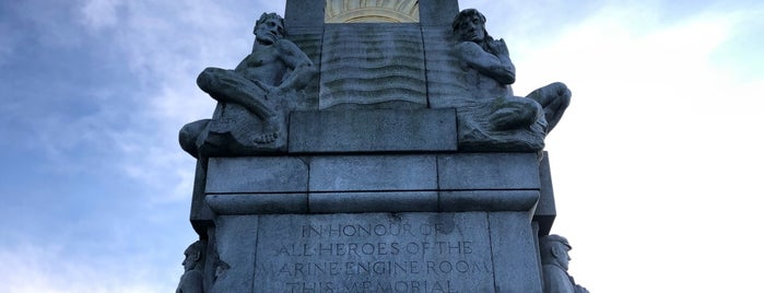 Titanic Memorial is one of Liverpool.