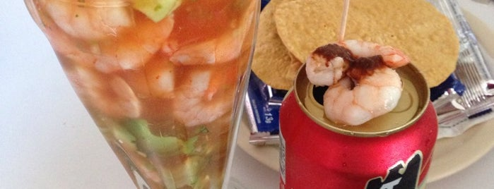 Mariscos Reyes is one of Luis 님이 저장한 장소.