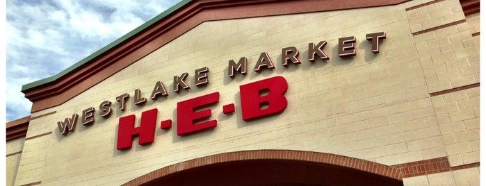 H-E-B is one of สถานที่ที่ Matt ถูกใจ.