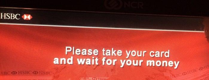 HSBC UK is one of PınarG'ın Beğendiği Mekanlar.