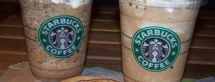 Starbucks is one of Locais curtidos por Yusuf.