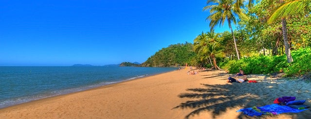 Trinity Beach is one of Cairns.