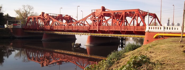 Puente Victorino de la Plaza (Vélez Sársfield) is one of Lugares que conozco.