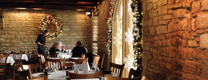 Public Landing Restaurant is one of Mallory : понравившиеся места.