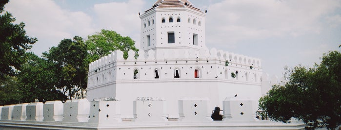 Phra Sumen Fort is one of Trips / Thailand.