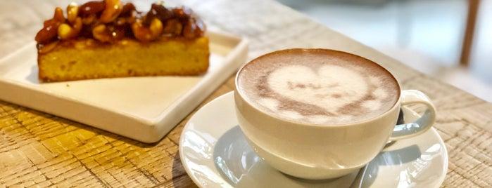 Brainwake Café is one of Posti che sono piaciuti a Asim.