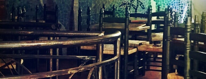 Café La Selva is one of Orte, die Karina gefallen.