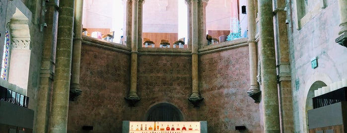 The Chapel is one of Locais curtidos por Bridget.
