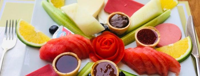 Tonoz's Garden Restaurant Bar is one of Fethiye/Meğri ⛵️.