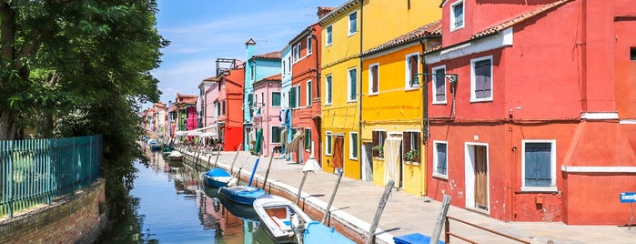 Burano is one of 🇮🇹 Vèneto 🛶🇮🇹.
