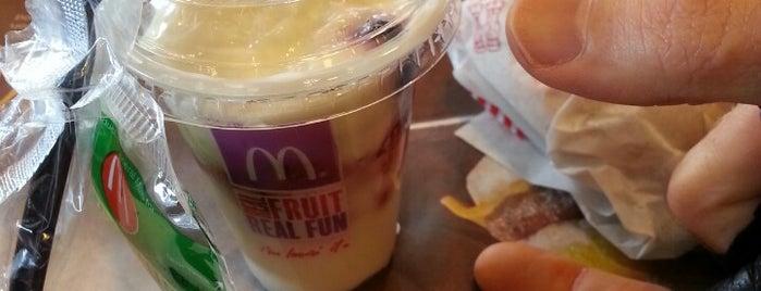 McDonald's is one of Posti che sono piaciuti a Josh.