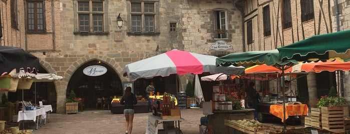 Castelnau-de-Montmiral is one of Les plus beaux villages de France.