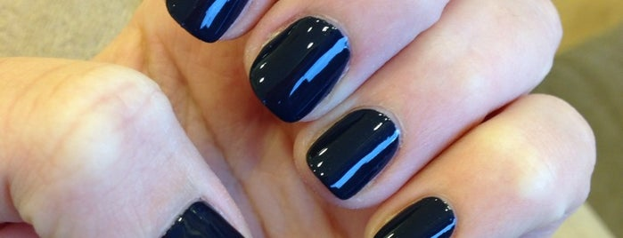 Q Nails & Hair is one of Posti che sono piaciuti a Panagiotis.