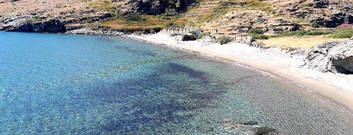 Παραλία Χαλκολιμνιώνας is one of Beaches.