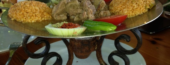 Dağ Restoran Canlı Alabalık is one of Tempat yang Disukai ayhan.