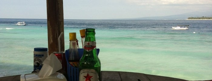 Rust Warung Bar and Restaurant is one of best place in Lombok.