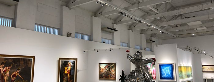 MOCA (Museum of Contemporary Arts) is one of Singapore.