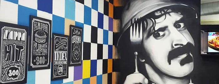 Zappa Lunch is one of Lieux qui ont plu à Jonathon.